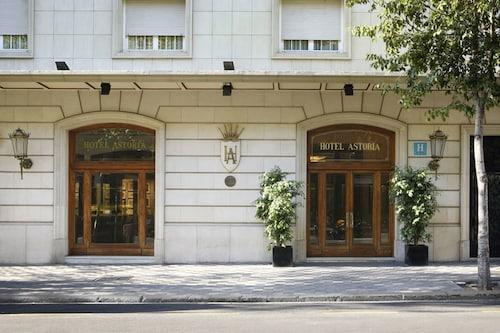阿斯多利亞飯店