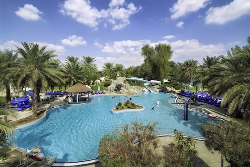 Radisson Blu Hotel & Resort, Al Ain