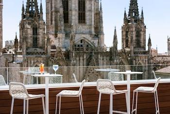 バルセロナの世界遺産観光におすすめのホテルを教えてください。