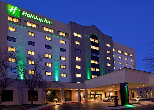 Great Place to stay Holiday Inn Springdale/Fayetteville Area near Springdale