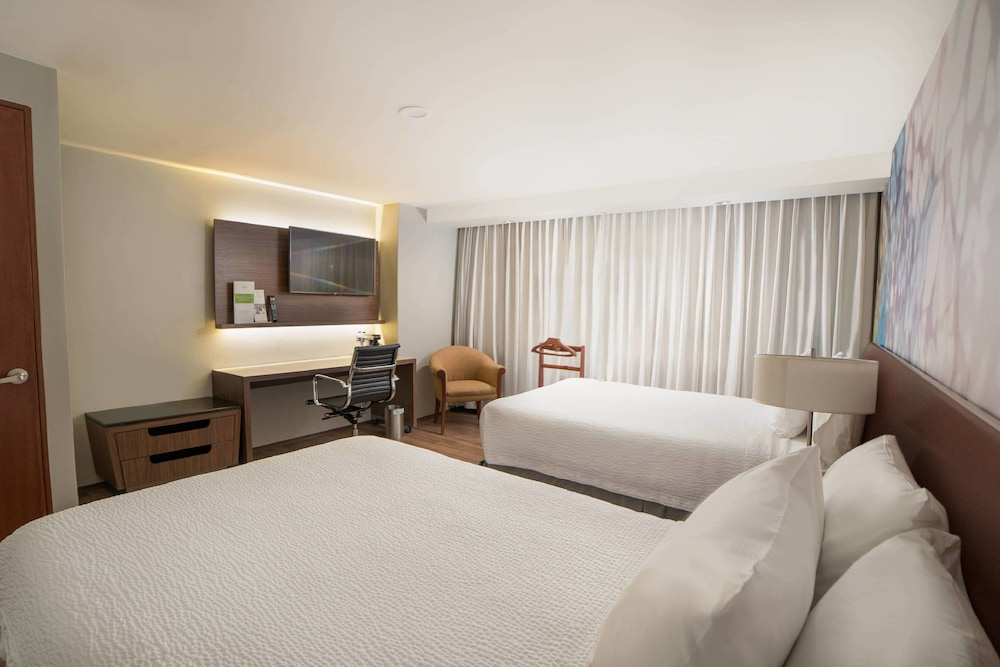 Room, Courtyard by Marriott Mexico City Revolucion