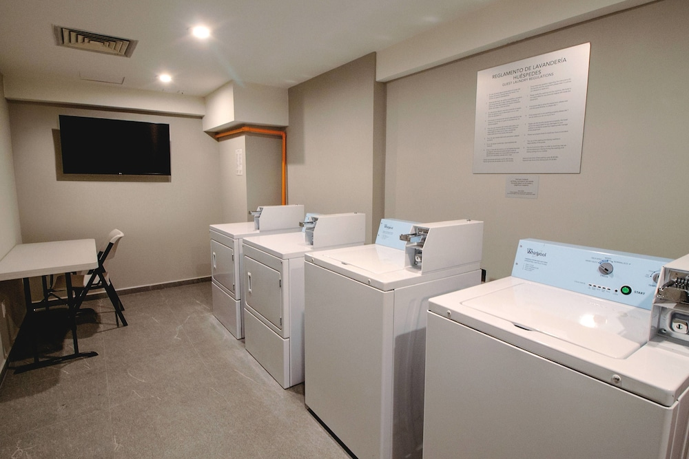 Laundry, Courtyard by Marriott Mexico City Revolucion
