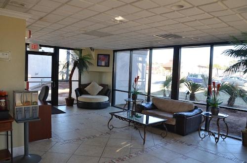 Magnuson Hotel Pensacola