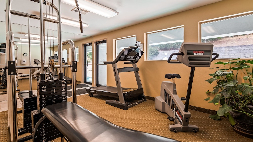 Fitness Facility, Best Western Inn At The Rogue