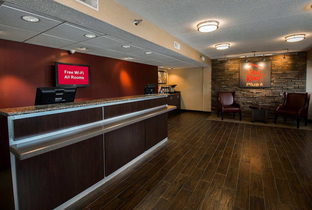 Lobby, Red Roof Inn PLUS+ Chicago - Naperville