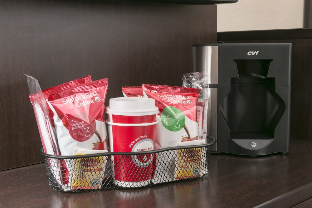 Room Amenity, Red Roof Inn PLUS+ Chicago - Naperville