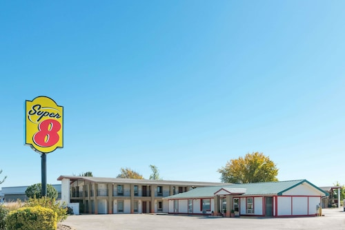 Great Place to stay Super 8 by Wyndham Fenton/St. Louis Area near Fenton