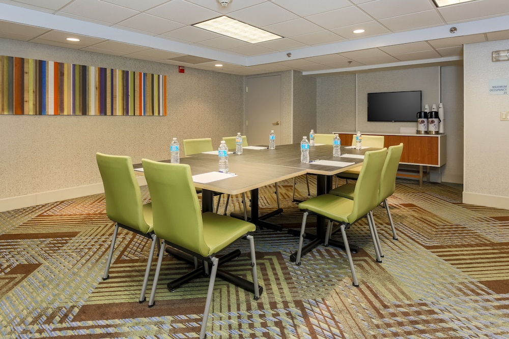 Meeting Facility, Holiday Inn Express Milwaukee-West Medical Center