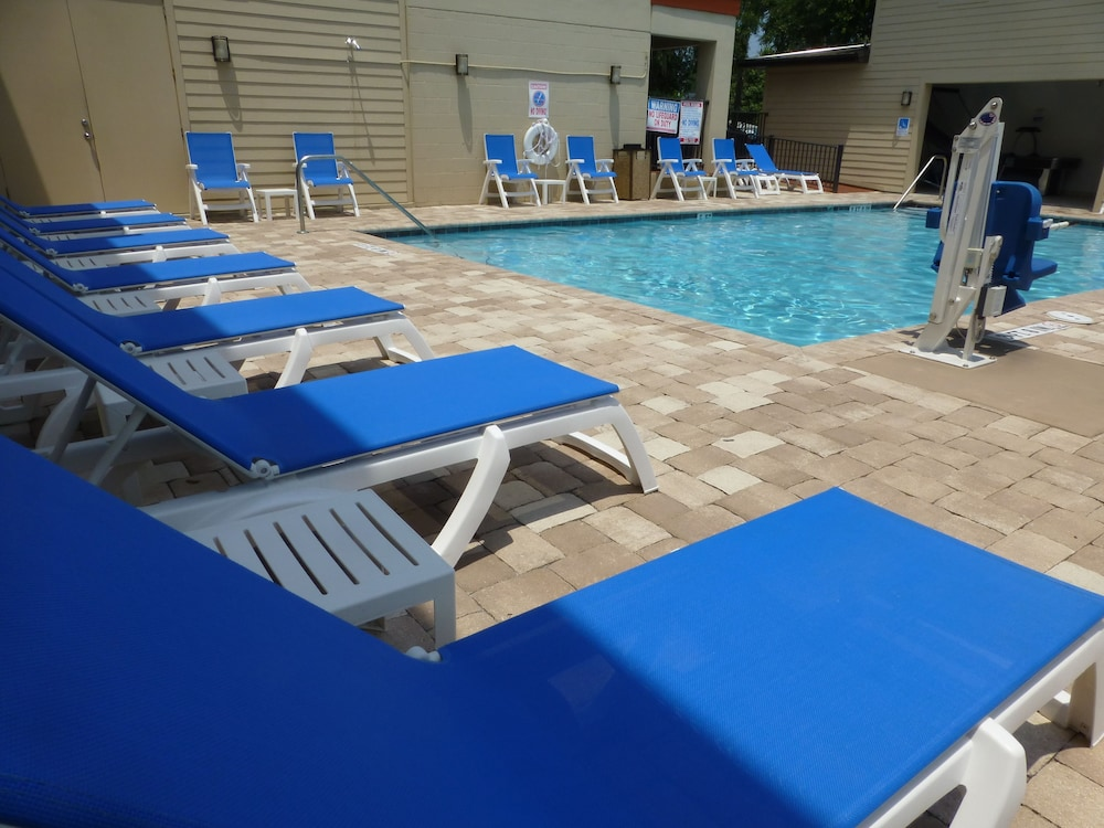 Jaybird 39 s inn in st augustine hotel rates reviews on for Hotels with indoor pools in florida