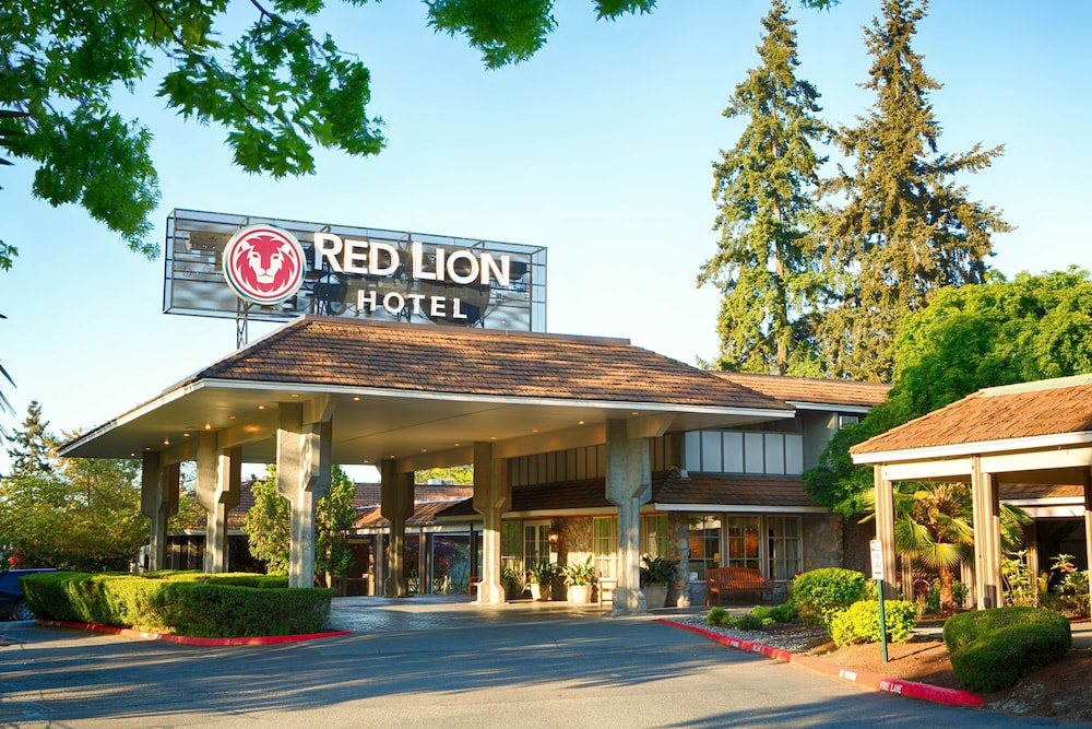 Exterior, Red Lion Hotel Bellevue