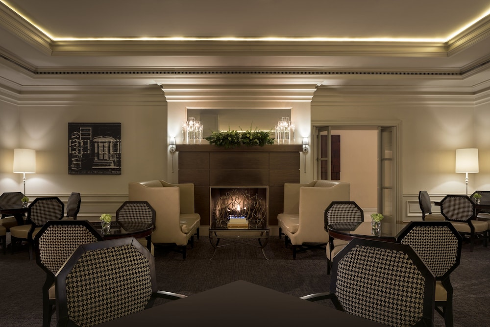 Ritz Carlton Pentagon City Restaurant