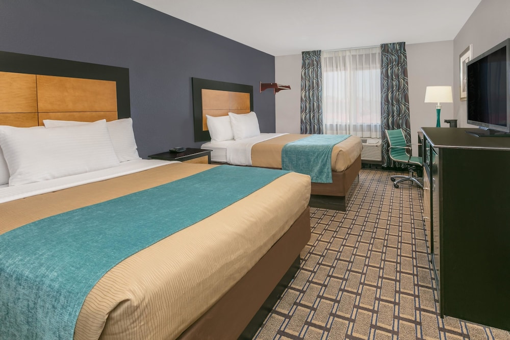 Room, Days Inn by Wyndham Denton