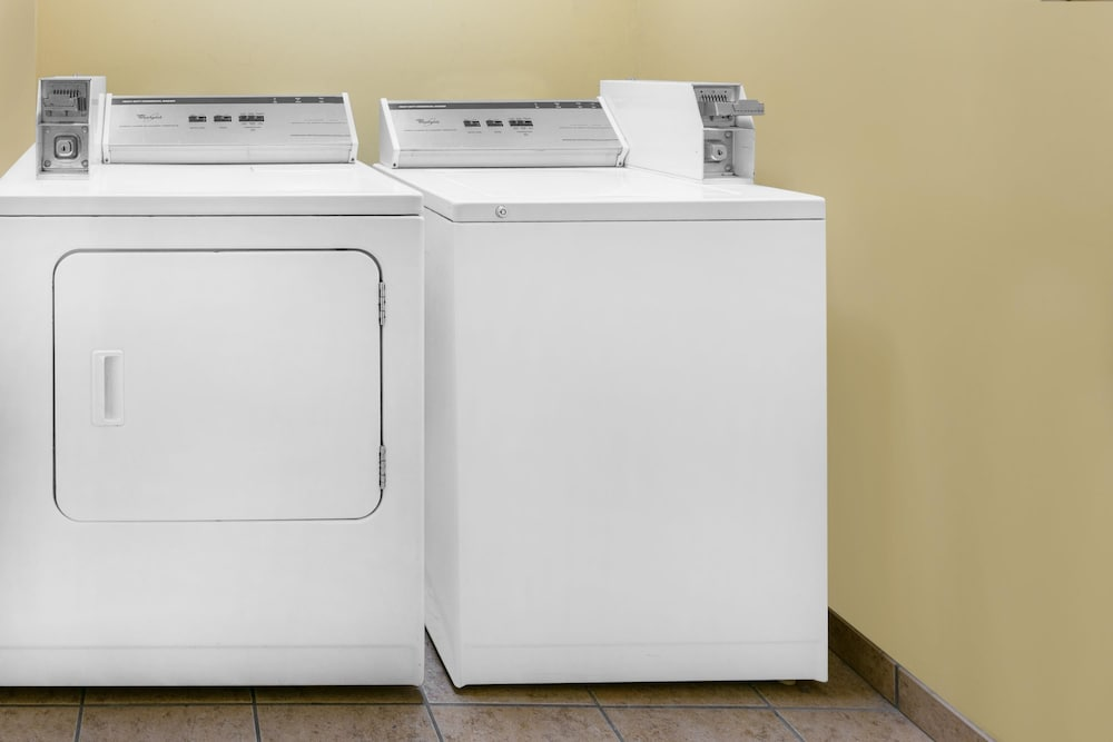 Laundry Room, Days Inn by Wyndham Denton