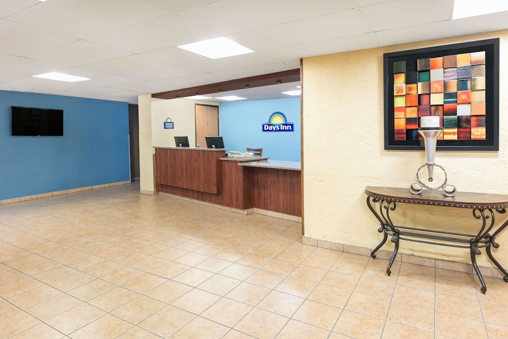 Lobby, Days Inn by Wyndham Denton