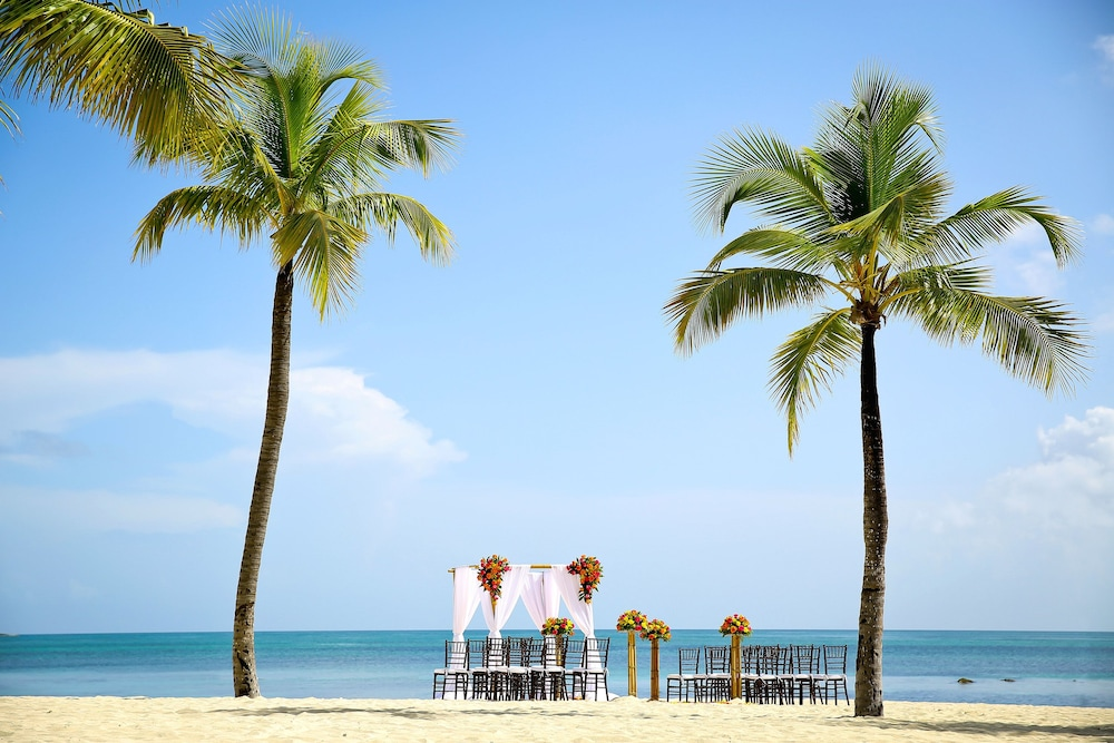 Outdoor Wedding Area, Melia Nassau Beach - All Inclusive