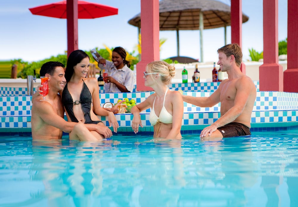 Swim-up Bar, Sandals Royal Bahamian - ALL INCLUSIVE Couples Only