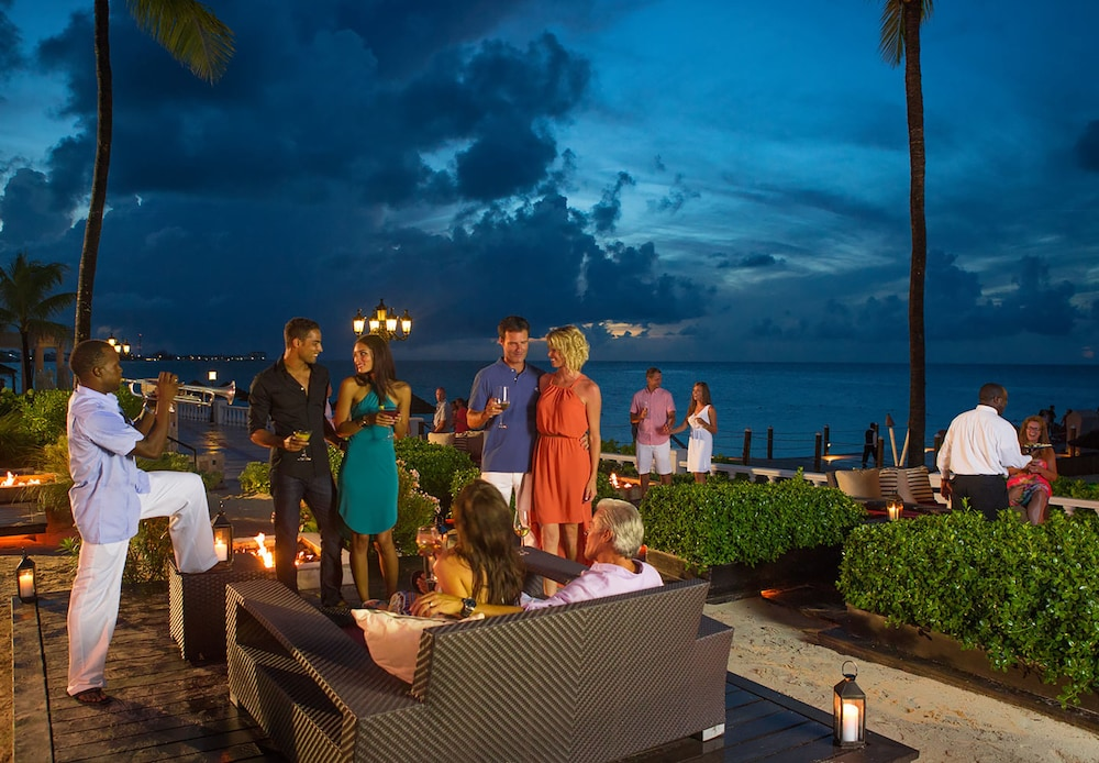 Outdoor Banquet Area, Sandals Royal Bahamian - ALL INCLUSIVE Couples Only