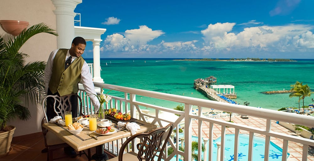 Balcony View, Sandals Royal Bahamian - ALL INCLUSIVE Couples Only