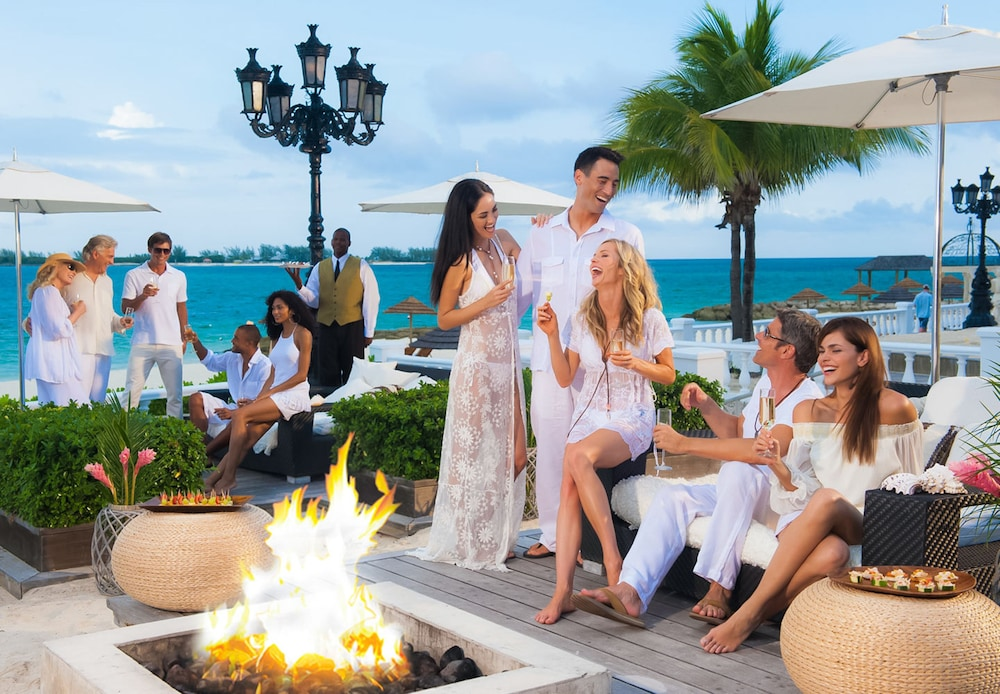 Fireplace, Sandals Royal Bahamian - ALL INCLUSIVE Couples Only