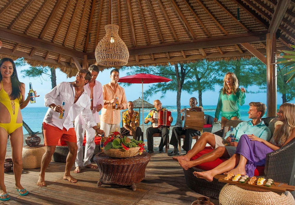 Beach Bar, Sandals Royal Bahamian - ALL INCLUSIVE Couples Only