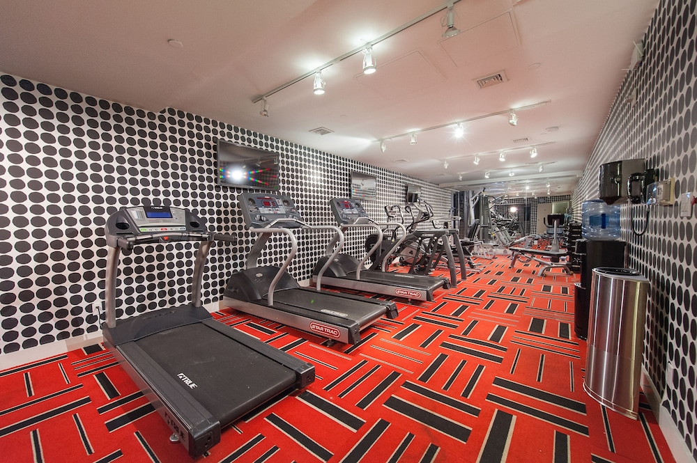 Gym, Empire Hotel