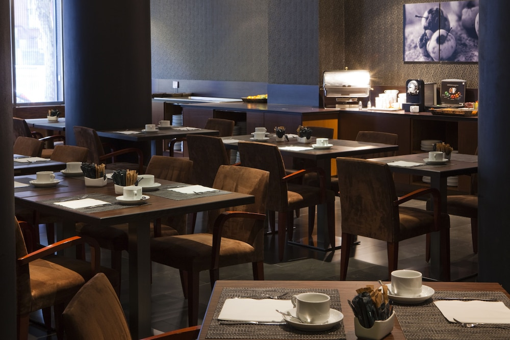 Restaurant, AC Hotel Carlton Madrid by Marriott