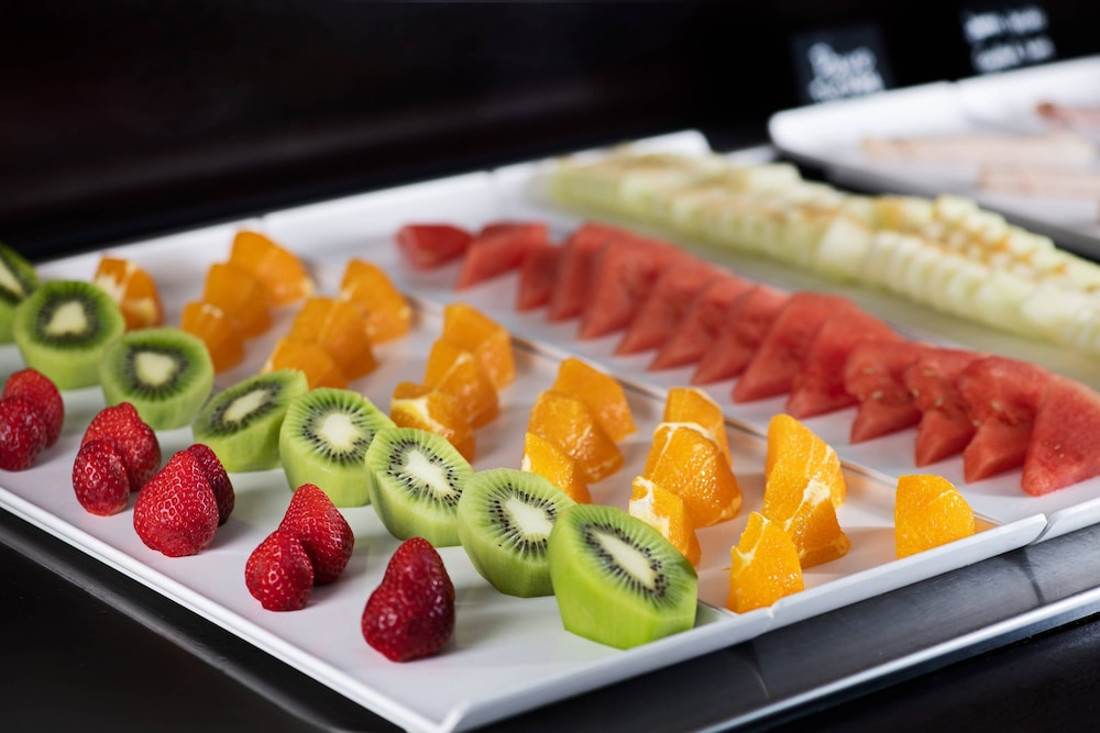 Breakfast buffet, AC Hotel Carlton Madrid by Marriott