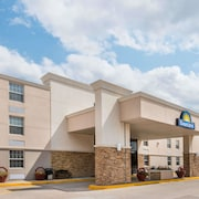 Days Inn by Wyndham Gillette