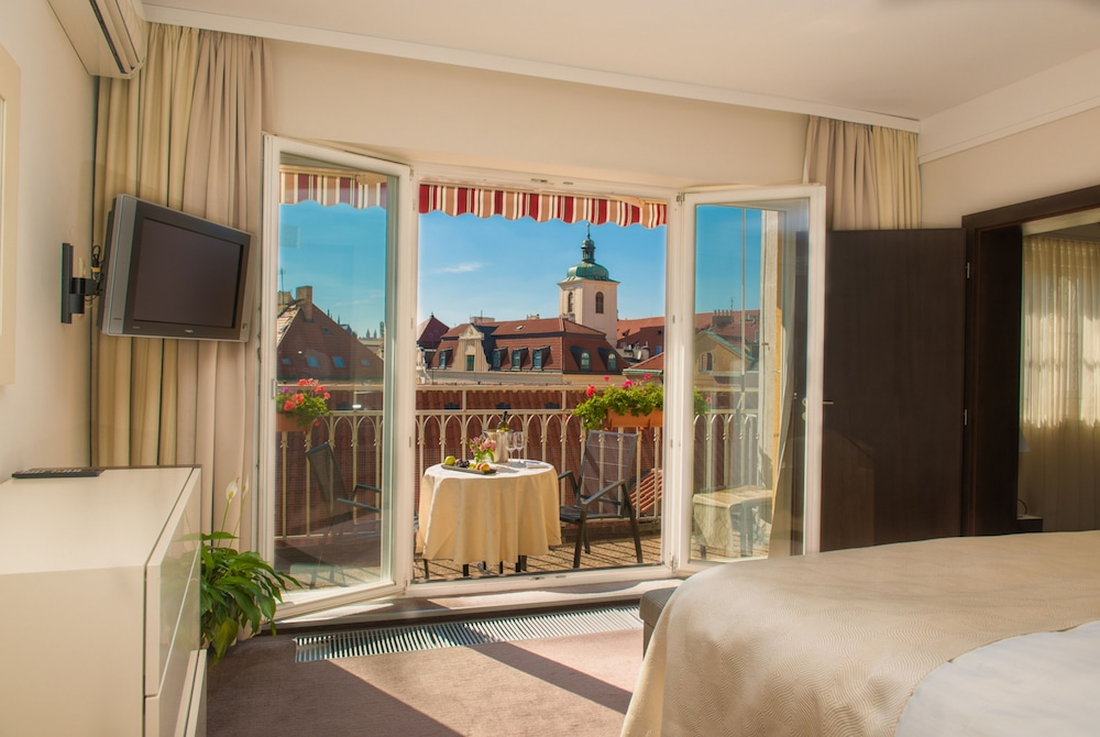 Grand hotel bohemia 2017 room prices deals reviews for Grand hotel bohemia prague restaurant