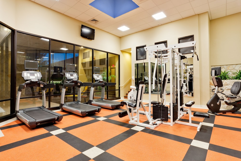 Fitness Facility, Crowne Plaza Hotel Reading, an IHG Hotel