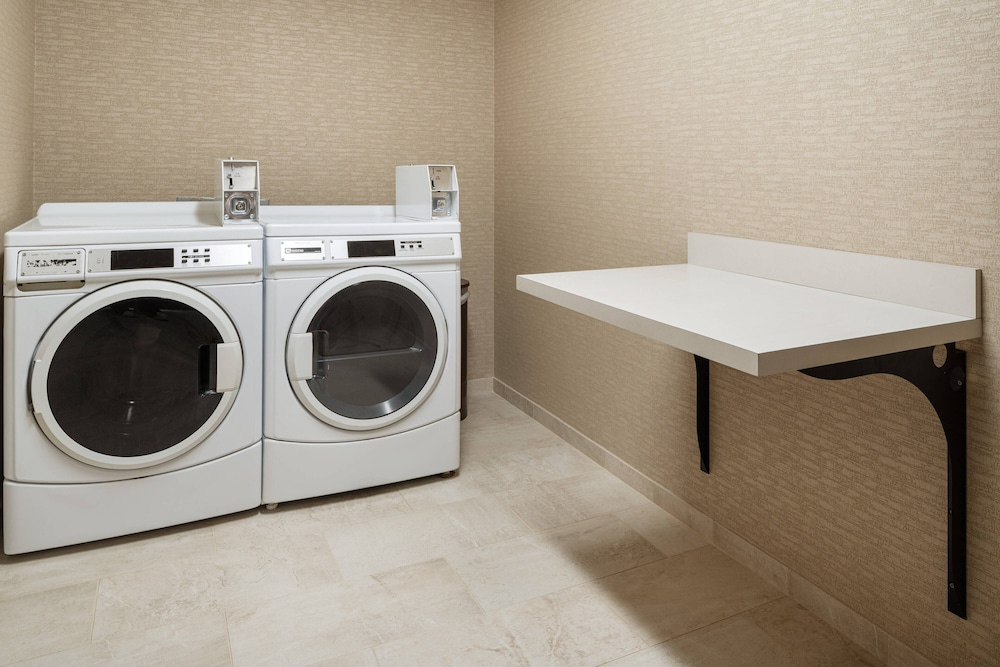 Laundry, Courtyard by Marriott Boulder