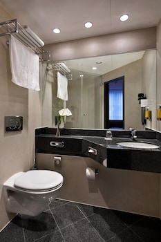 Executive Double Room (Courtyard New Style) - Bathroom