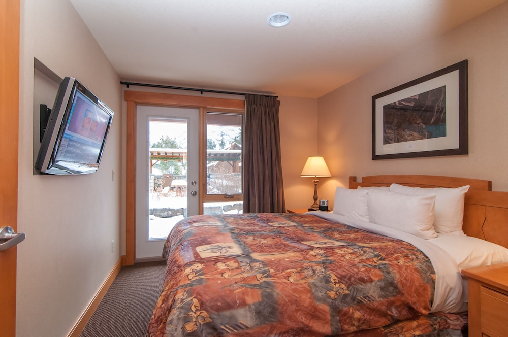 Room, Hidden Ridge Resort