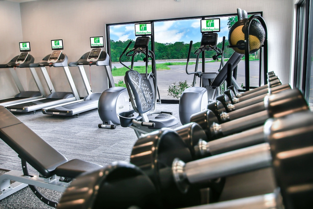 Fitness Facility, Holiday Inn Milwaukee Riverfront, an IHG Hotel
