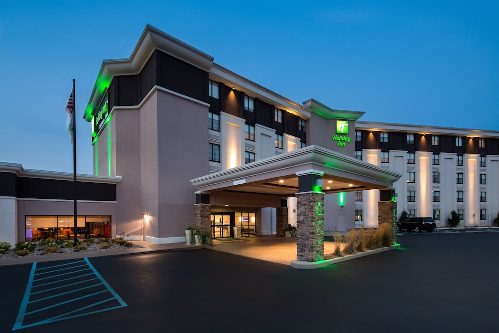 Featured Image, Holiday Inn Milwaukee Riverfront, an IHG Hotel