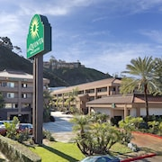 La Quinta Inn & Suites by Wyndham San Diego SeaWorld/Zoo
