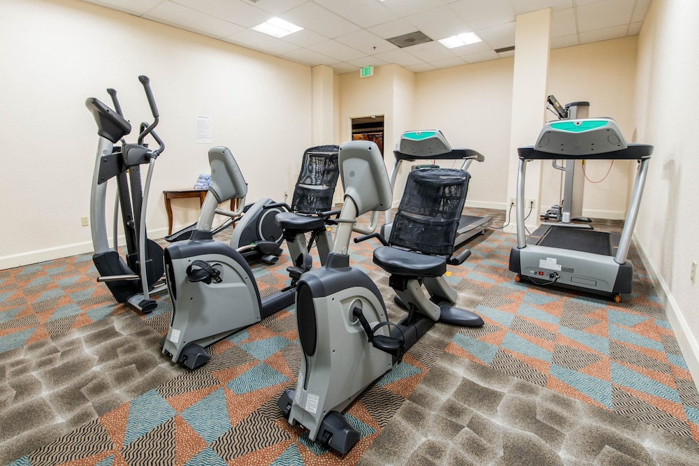 Fitness Facility, Clarion Hotel Anaheim Resort