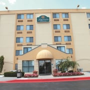 La Quinta Inn & Suites Baltimore N / White Marsh