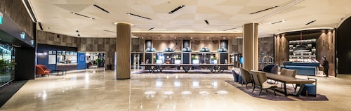 Swissotel The Stamford- Singapore