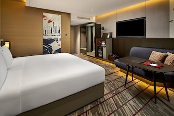 Premier Room, 1 King Bed or 2 Single Beds, City View (Newly Renovated) - Guestroom