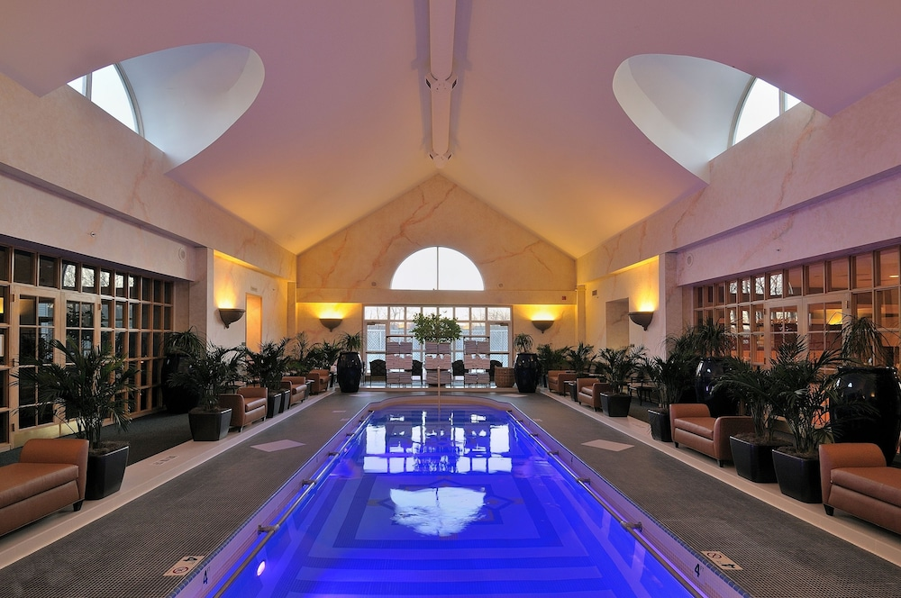 Indoor Pool, The Spa at Norwich Inn