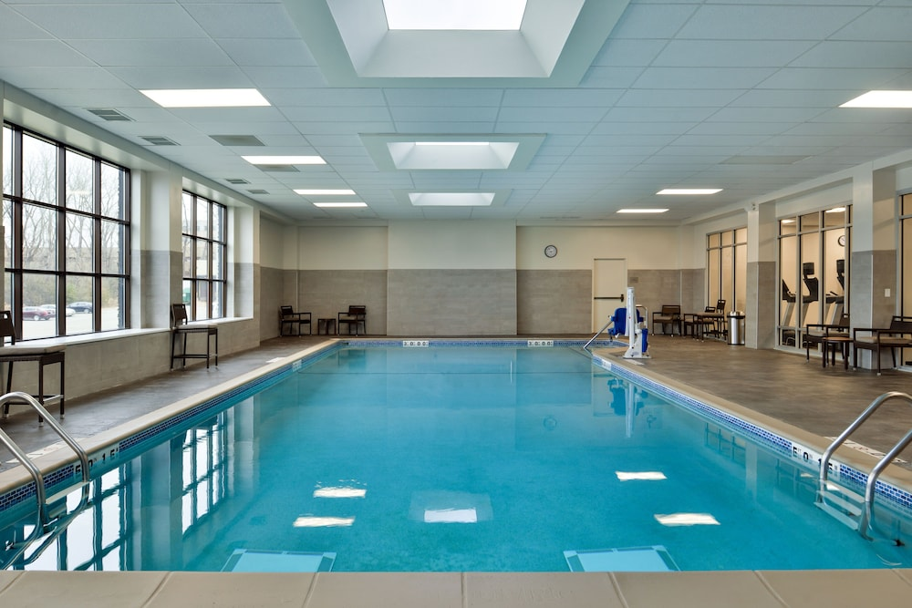 Indoor Pool, Courtyard Edina Bloomington