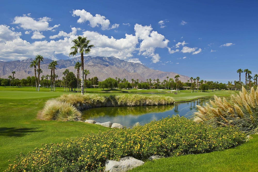 Sports Facility, DoubleTree by Hilton Hotel Golf Resort Palm Springs