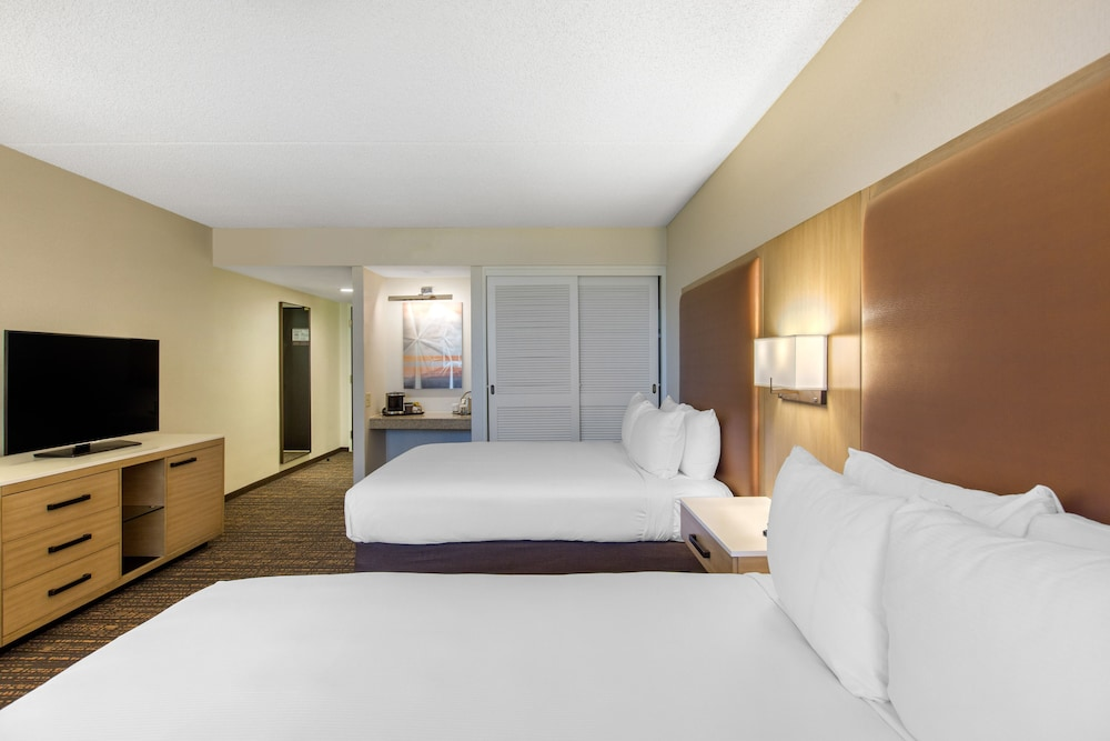 Room, DoubleTree by Hilton Hotel Golf Resort Palm Springs