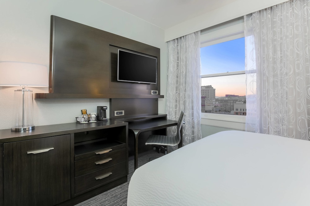 Room, Courtyard by Marriott San Francisco Union Square