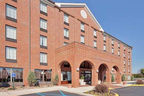 Holiday Inn Express - Harrisburg East