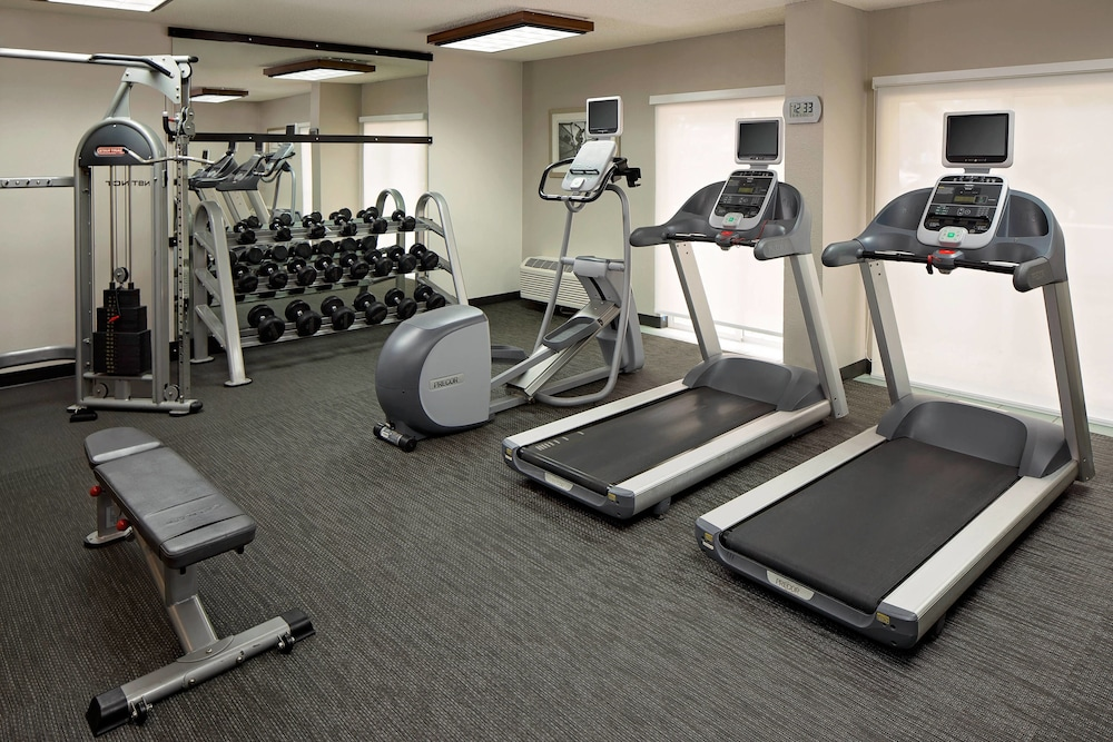 Fitness Facility, Courtyard by Marriott Fort Lauderdale North/Cypress Creek