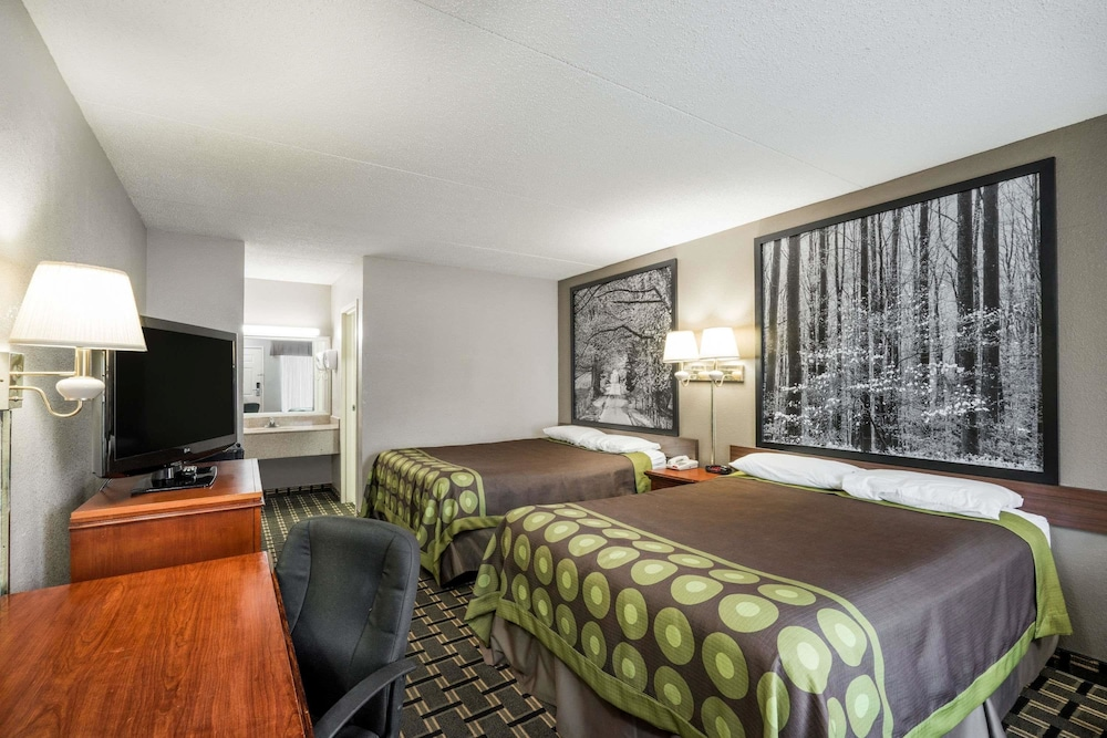 Room, Super 8 by Wyndham Knoxville West/Farragut
