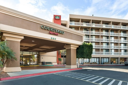 Courtyard by Marriott Oxnard Ventura