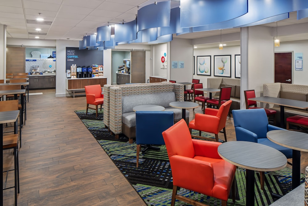 Breakfast Area, Holiday Inn Express Atlanta Airport - College Park